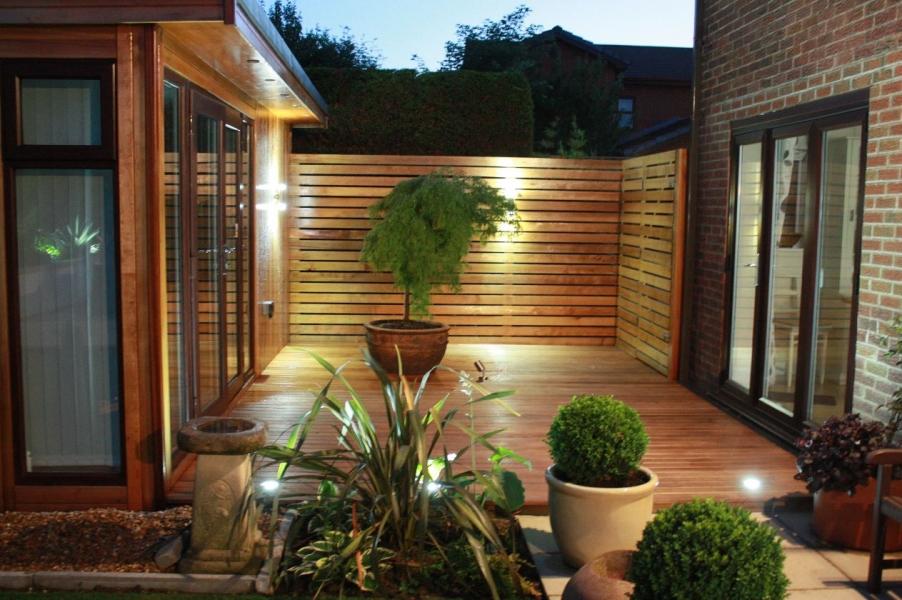 Western Red Cedar 20 x 95mm P.A.R. & 25 x 95mm P.A.R. + Rd's Special decking